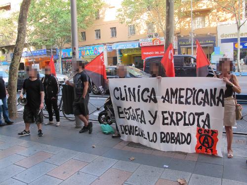 CNT-IAA Madrid protestiert vor Clinica Americana 2017